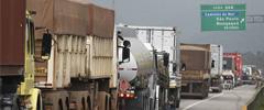 Falta de motoristas afeta 30% das transportadoras do Porto de Santos