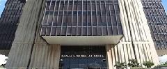 Meirelles defende meta fiscal realista e diz que governo examina contas