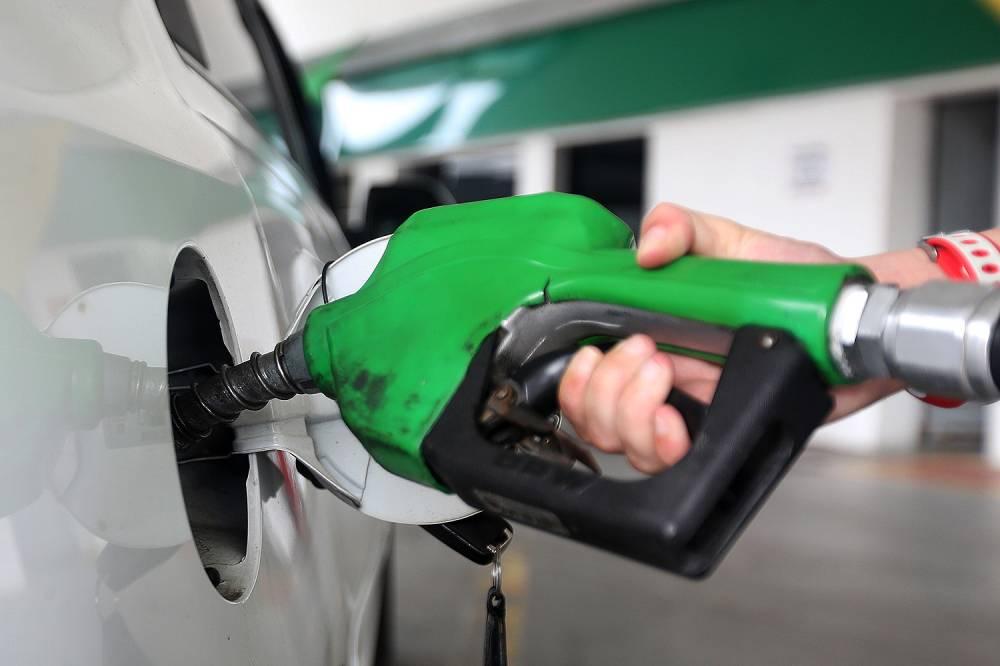 Correção do ICMS deve puxar preço da gasolina. Compare valores nos postos