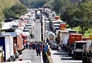 AGU recomendará a Temer veto à anistia de multa de transportadoras