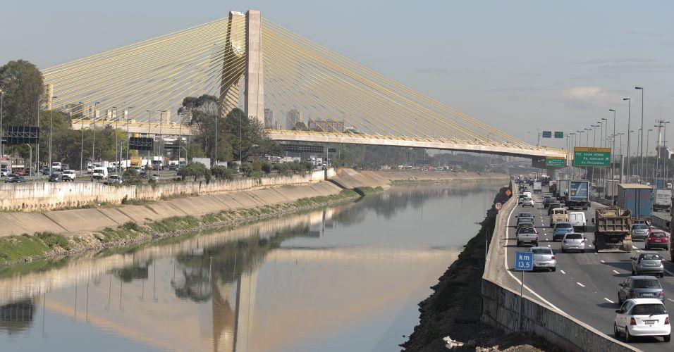 MP investiga uso de dinheiro de multa para reforma de viaduto da Marginal do Pinheiros