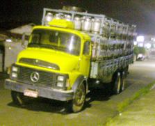 SP libera caminhões de gás e feira