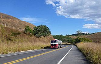 BR-116 e BR-040 terão postos de parada para caminhões