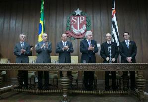 SP firma convênio para facilitar abertura e fechamento de empresas