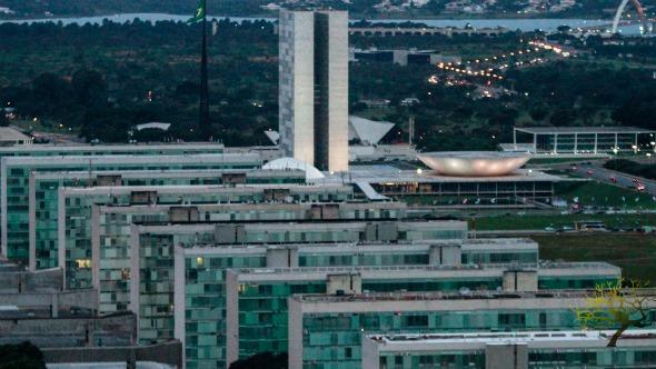 Governo de Jair Bolsonaro quer criar superagência de infraestrutura