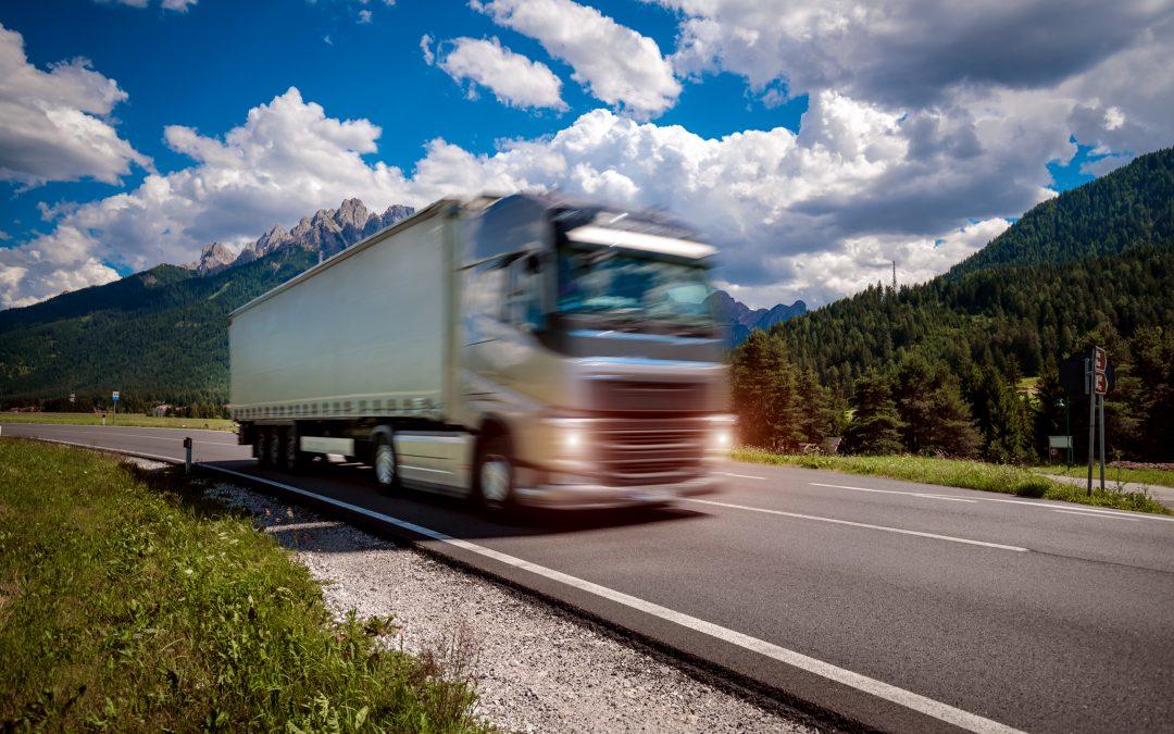 10 atitudes que aumentam as chances de acidente na estrada