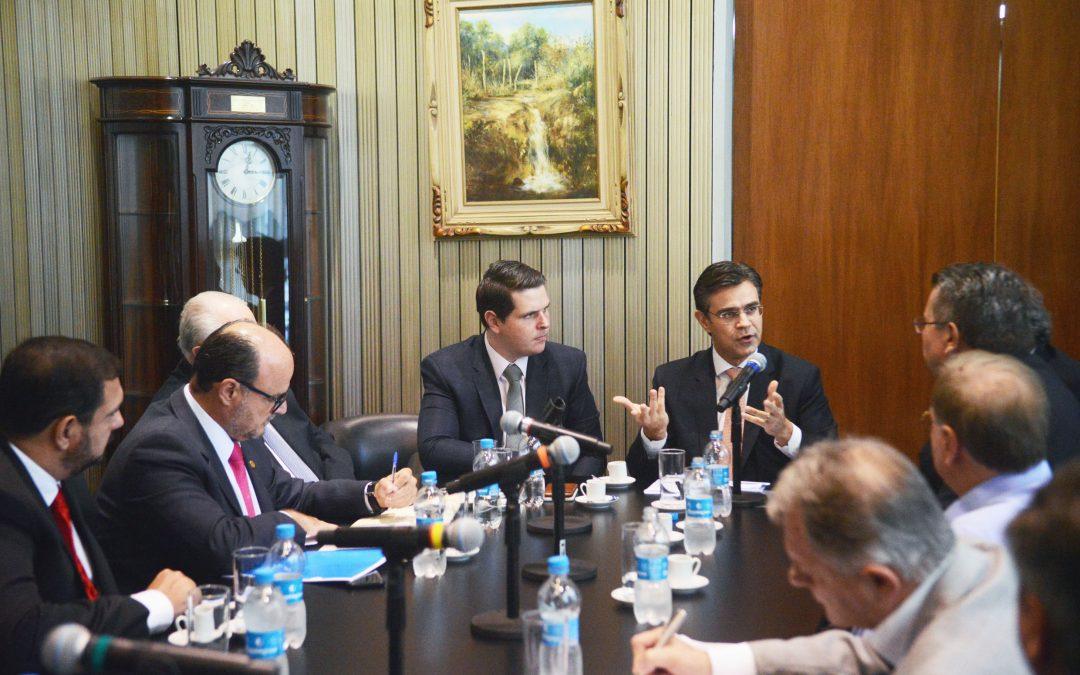 Vice-governador apresenta aos deputados detalhes de concessão rodoviária