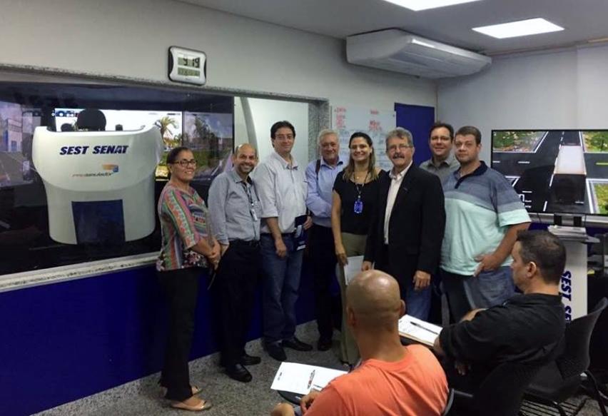 Diretoria de Máquinas e Equipamentos visita SEST SENAT