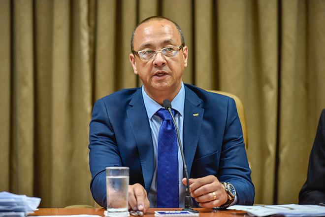 Vander Costa assume a presidência do Sistema CNT