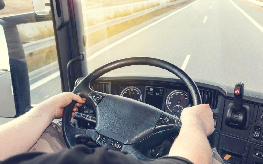 ANTT firma convênio com federação para cadastramento de caminhoneiros autônomos
