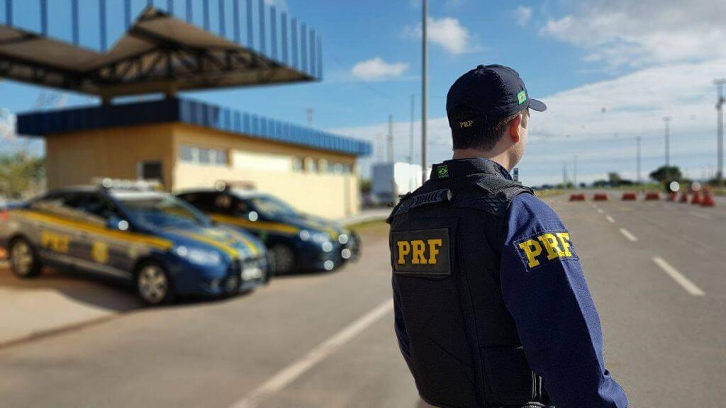 PRF prende dois em operação de combate ao roubo de carga