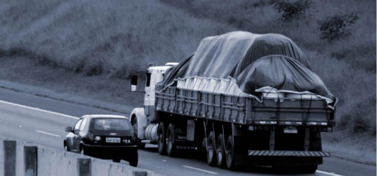 Suspeita de ser chefe de quadrilha de roubo a caminhões é presa em MT