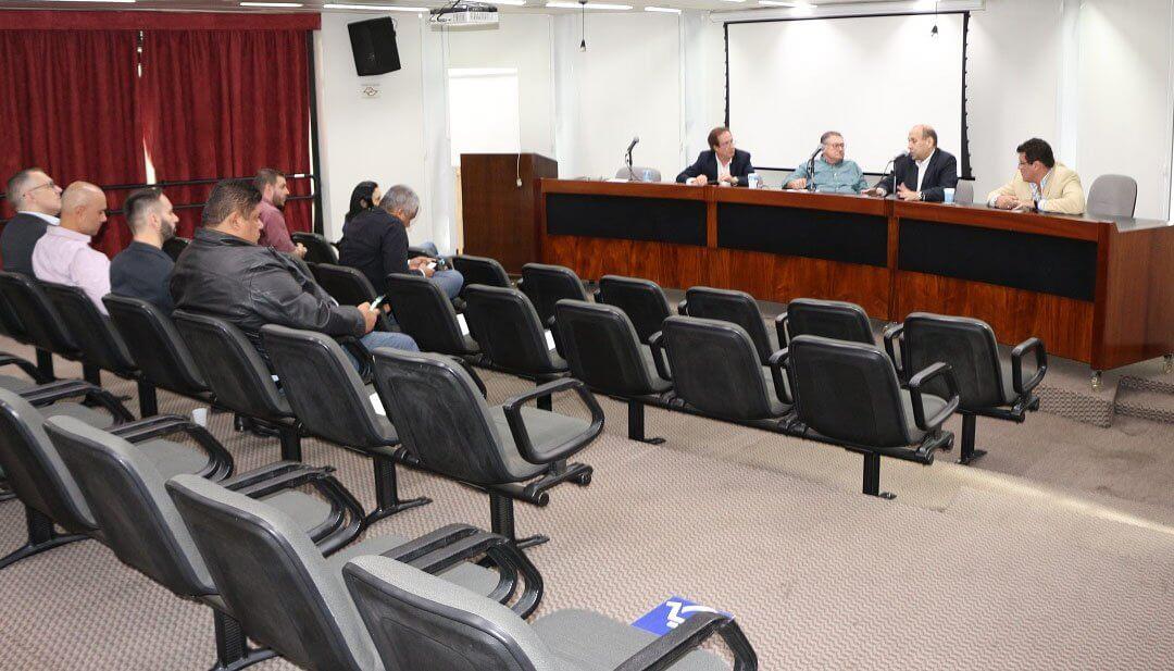 Diretoria de Transporte Aduaneiro discute Piso Mínimo de Frete em reunião