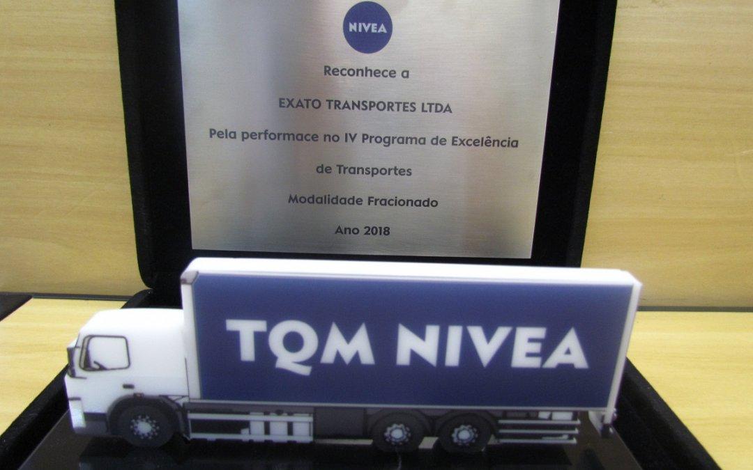 Exato Transportes recebe prêmios de excelência na prestação de serviços