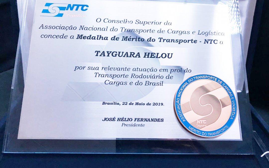 Tayguara Helou recebe Medalha de Mérito da NTC