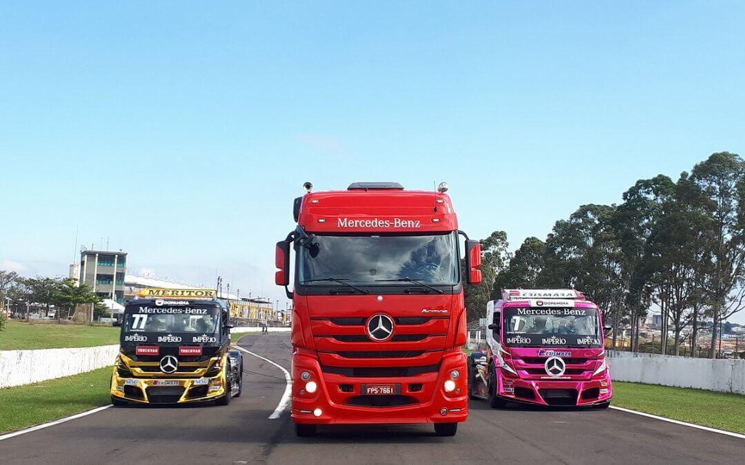 Actros atinge 240 km/h nas pistas das corridas de caminhão