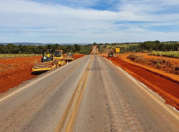 DNIT segue restauração de pavimentação da BR-070/GO