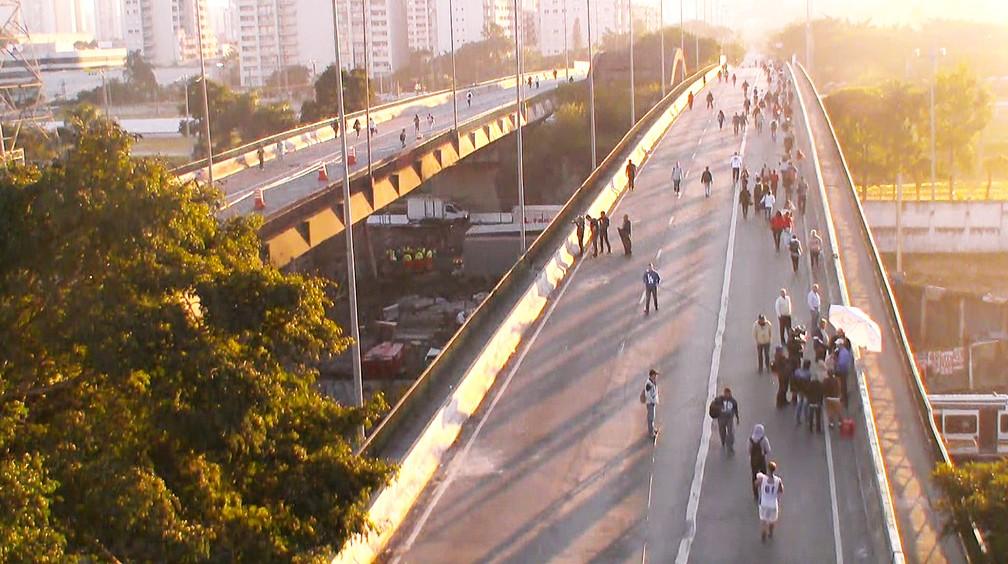 Motoristas veem piora após abertura de pista na ponte do Jaguaré