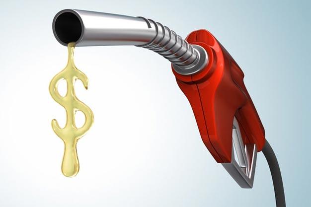 Ministro de Minas e Energia quer trocar diesel por gás nos caminhões