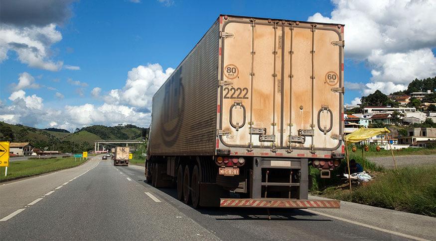 Setor de serviços fica estável em maio pressionado pela queda nos transportes