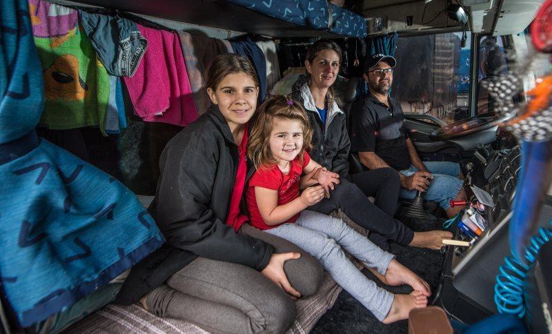Projeto de lei passa a permitir que o caminhoneiro leve familiares em viagens