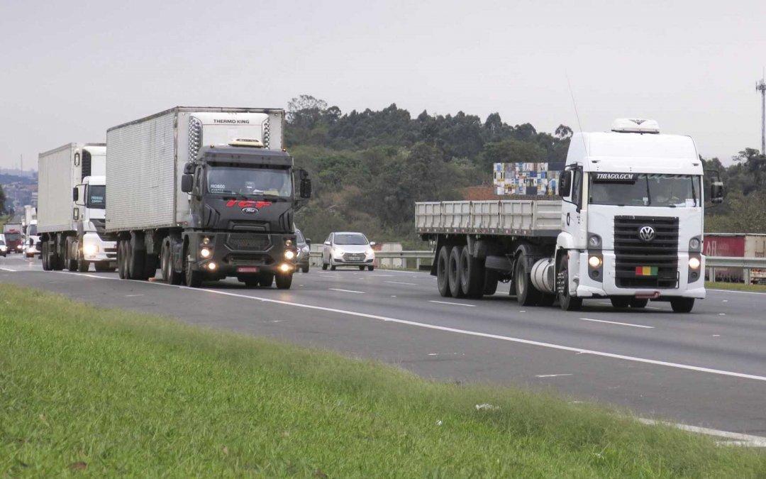 Governo lançará app para caminhoneiro calcular frete em cada viagem