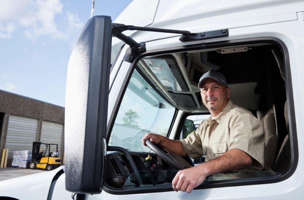 Fique por dentro da Nova Lei da Terceirização e saiba como fazer corretamente a contratação do motorista autônomo