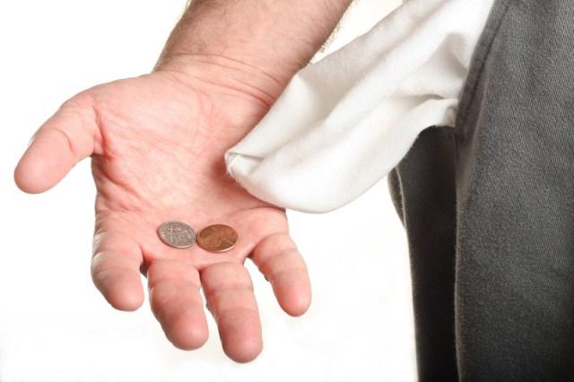 Intenção de consumo das famílias recua 1,7% em julho, diz CNC