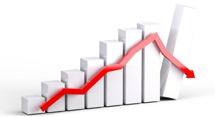 Previsão de crescimento econômico aumenta, estimativa de inflação cai