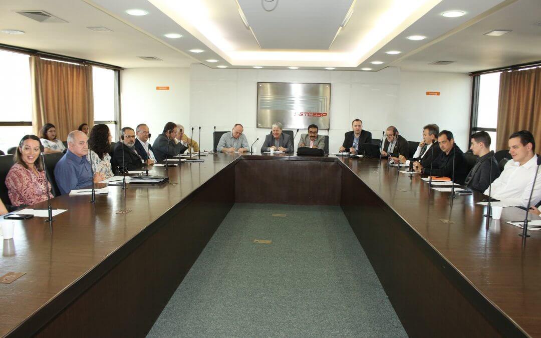 Transporte de produtos farmacêuticos é tema de reunião do SETCESP