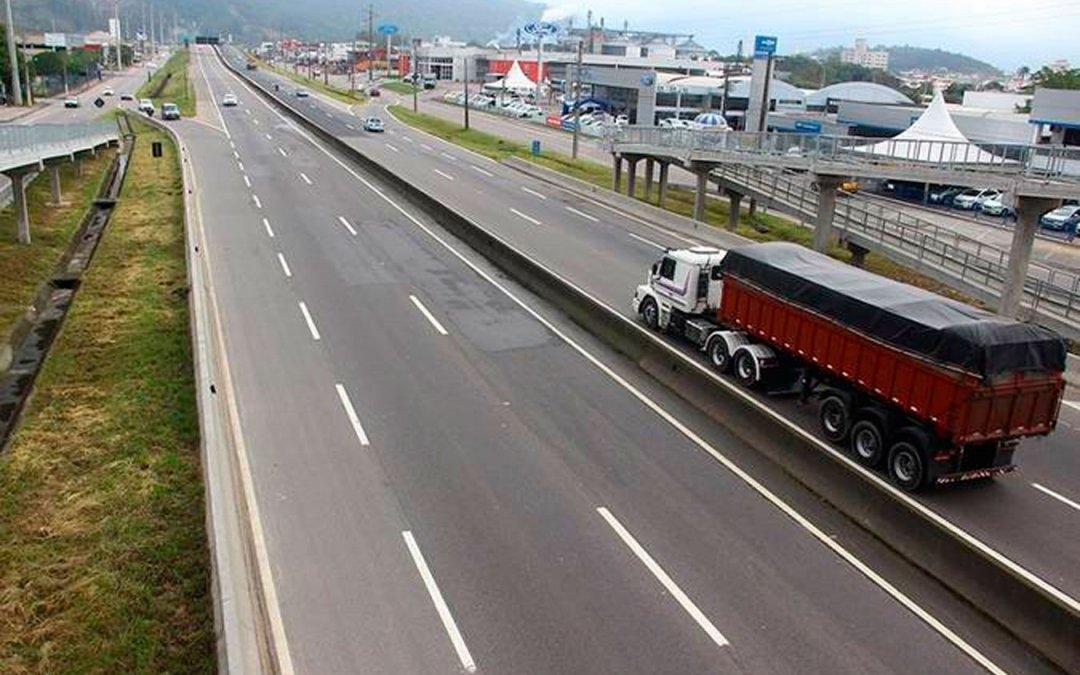 Plenário aprova projeto que permite redução de faixa não edificável à margem de rodovias