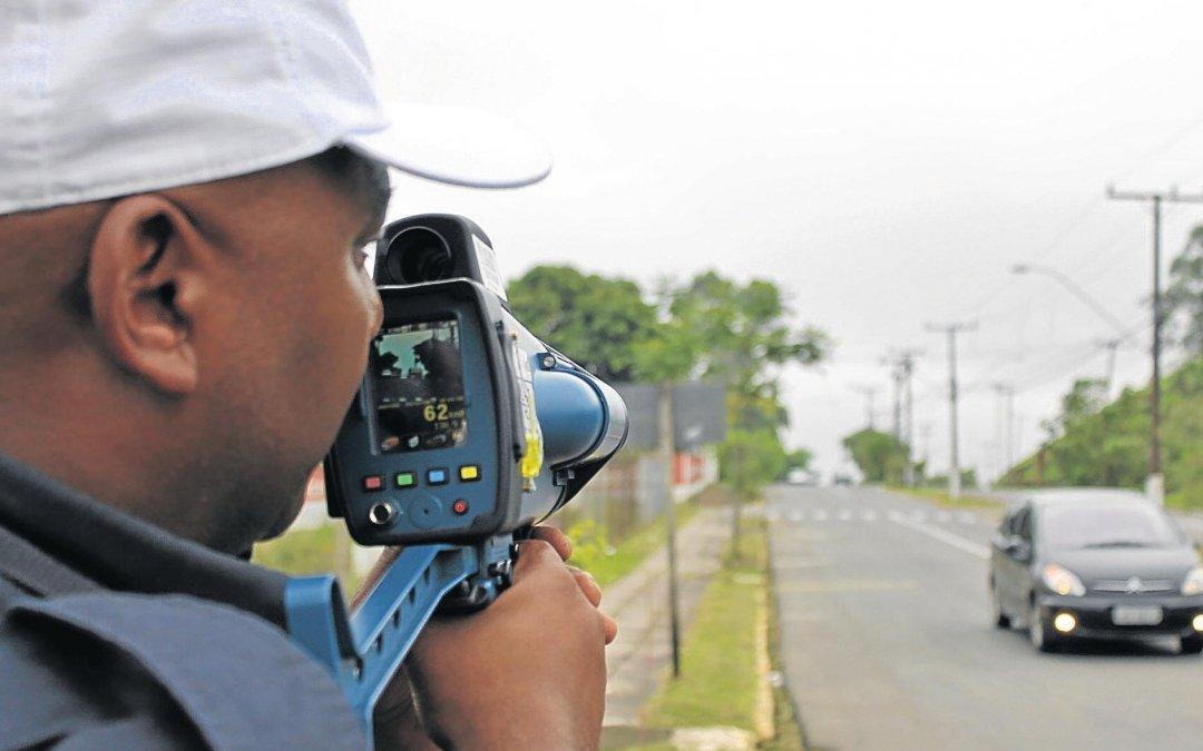 Ministros deverão prestar informações sobre número de multas aplicadas por radares
