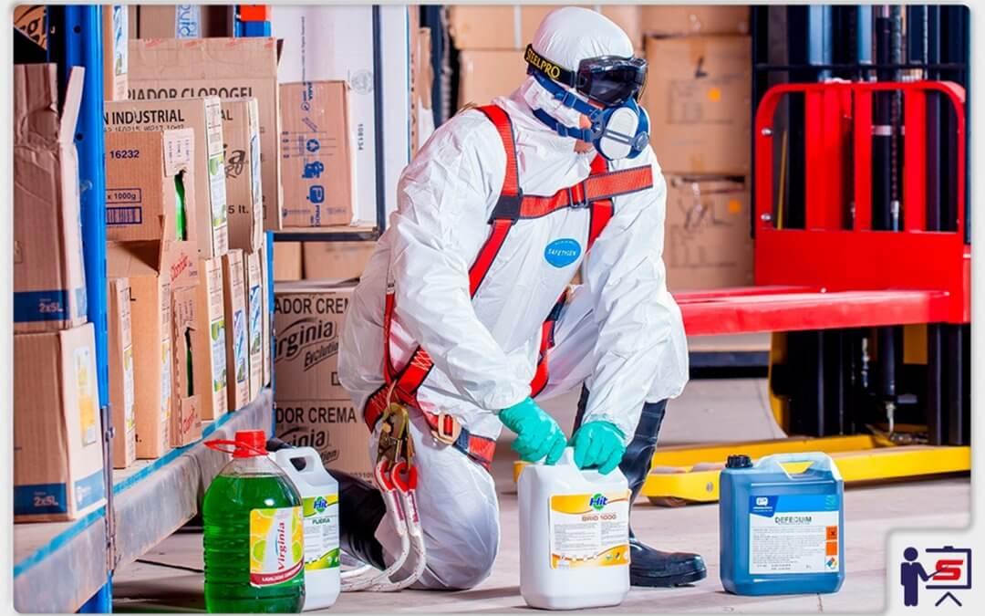 Entenda tudo sobre manuseio e armazenagem de produtos químicos perigosos