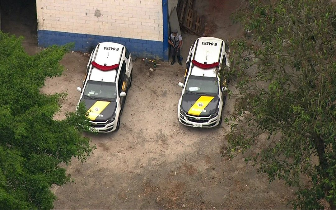 Polícia descobre desmanche de caminhões na Zona Norte de São Paulo