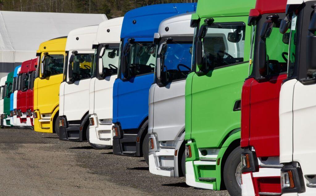 Caminhões pesados sustentam a produção