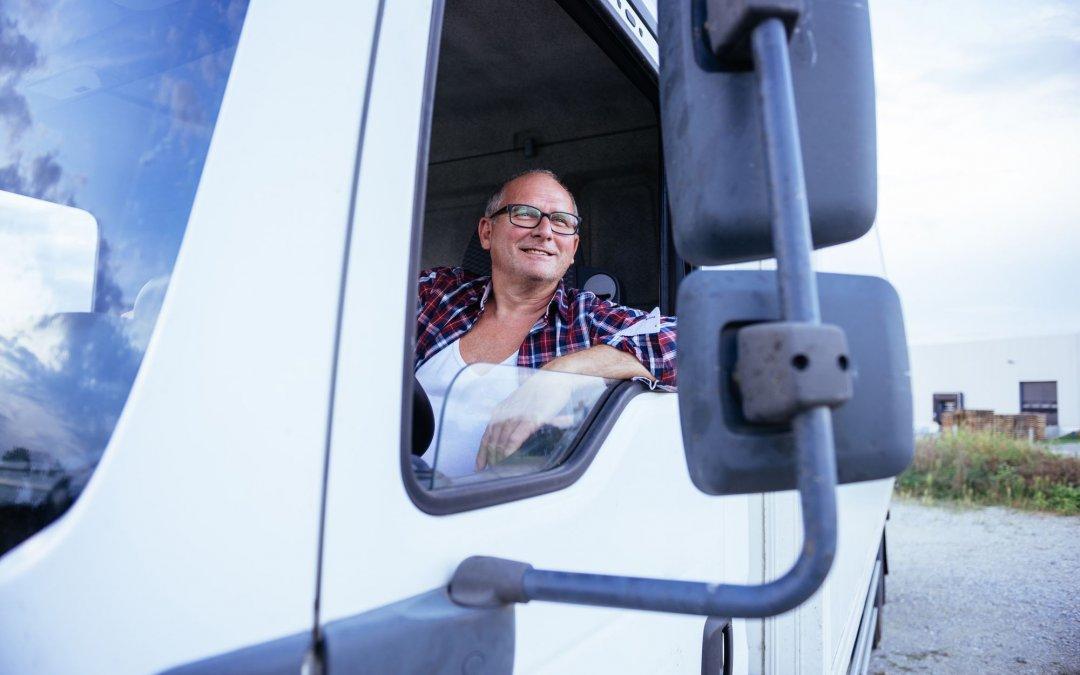 Rodobens lança pacote de serviços com plano de saúde para caminhoneiro