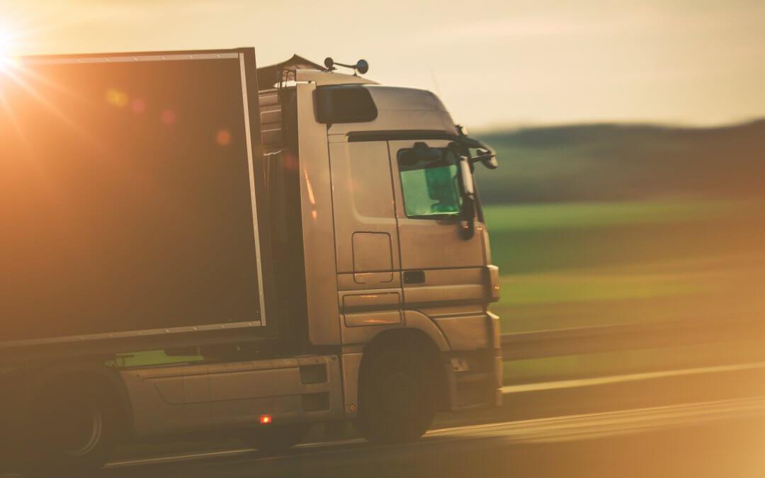 Pagamento de frete atrasado cresce e atinge 61,5% das transportadoras