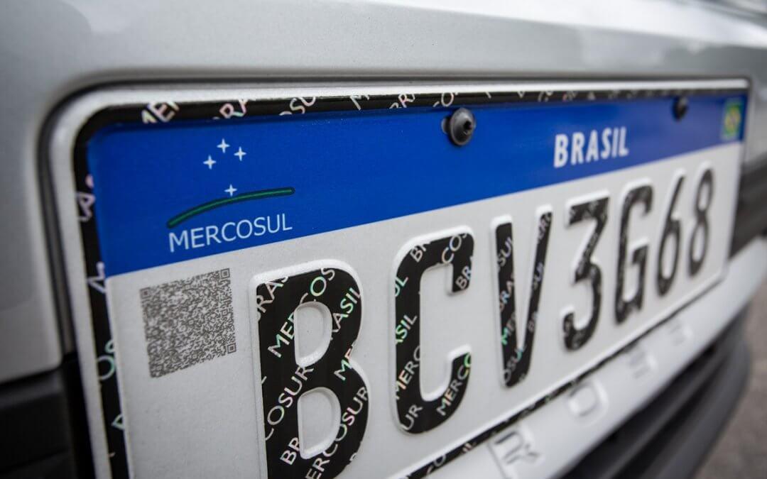 Nova placa Mercosul entra em vigor