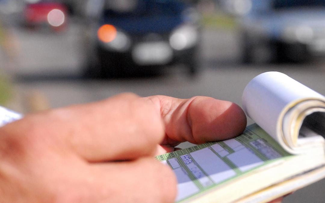 Projeto obriga fiscalização de trânsito a oferecer meio de pagamento
