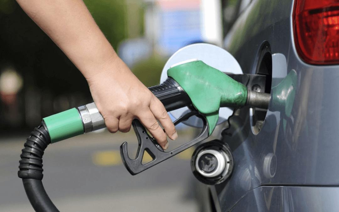 Gasolina e alimentos puxam alta de 0,24% da inflação em agosto