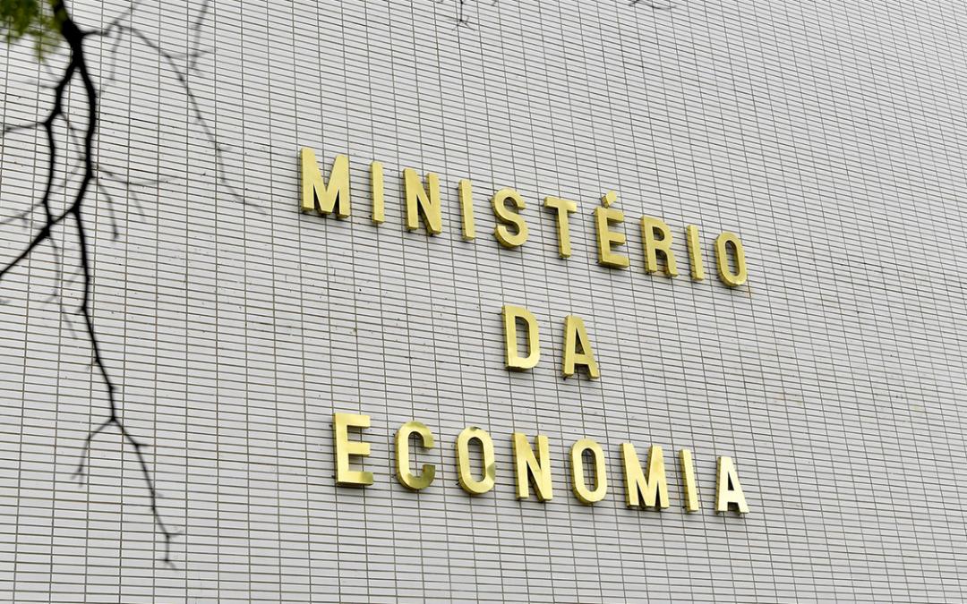 Substituto do PIS/Cofins pode elevar renda em até R$ 345 por ano para cada brasileiro, diz Economia