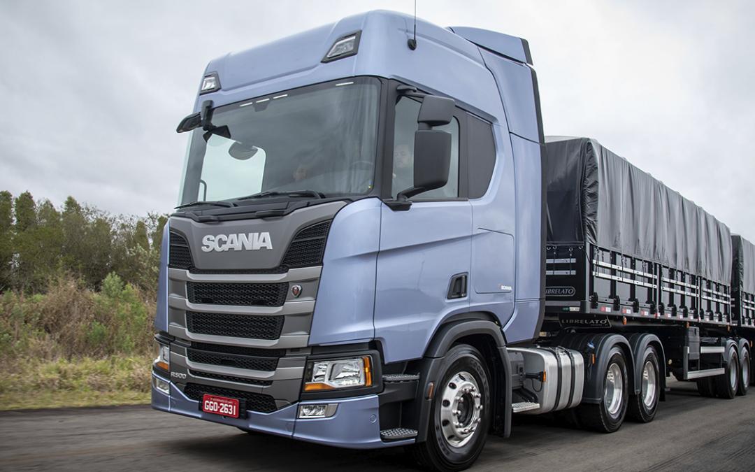 Scania anuncia descontos de até 42% em pacotes especiais para caminhões rodoviários até dezembro