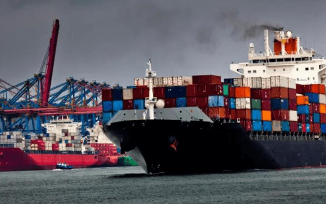 Porto de Santos, SP, tem novo pátio regulador para caminhões