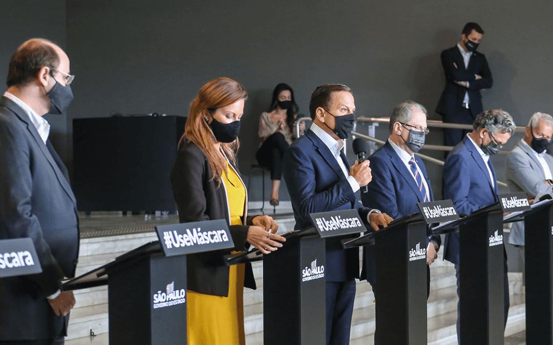 Governo de SP reforça controle de pandemia e põe estado na fase amarela