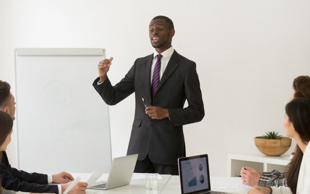 Liderança estratégica: saiba como se tornar uma inspiração
