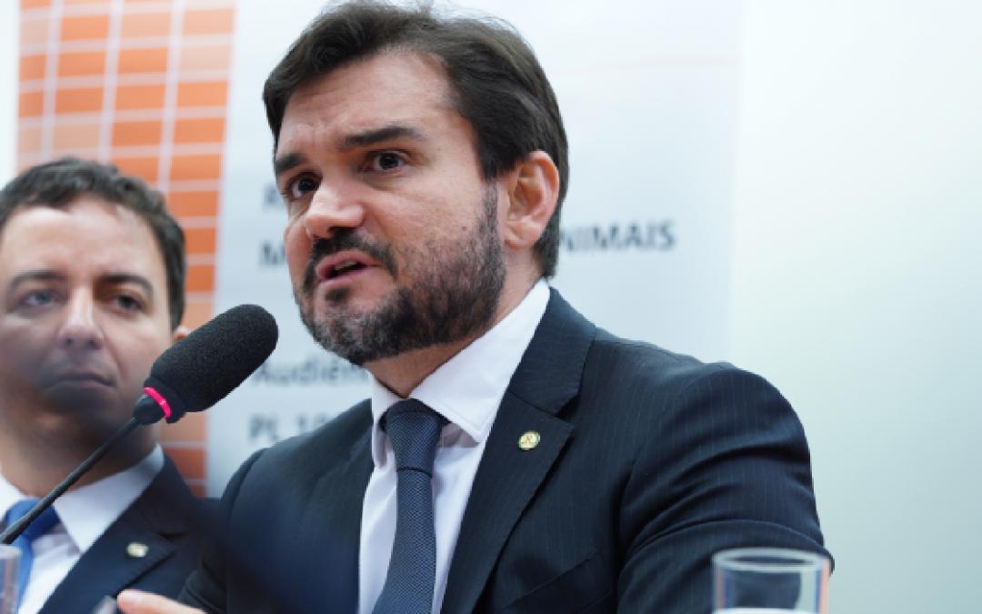 Novas regras do Imposto de Renda podem ser votadas em Plenário nesta quarta, diz relator